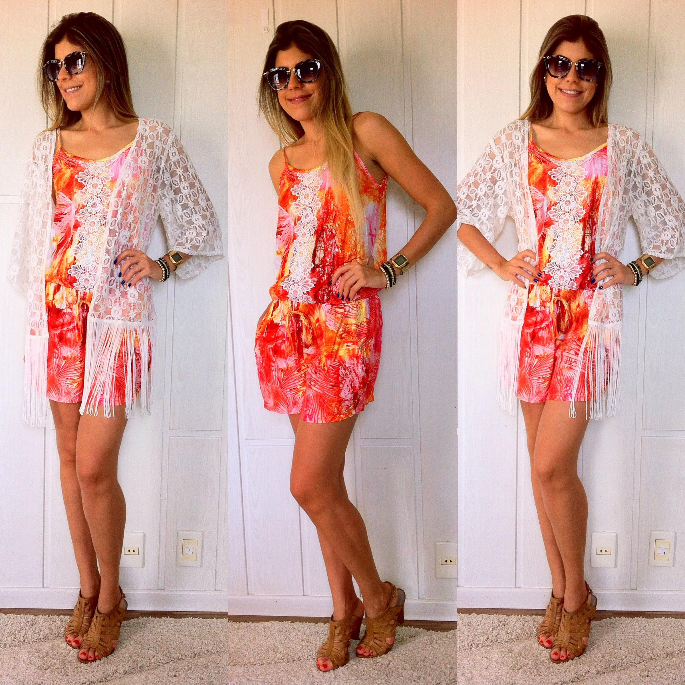 Vestido de renda com kimono